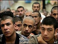 Iraqi prisoners in Baghdad