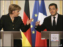 Angela Merkel (l) and Nicolas Sarkozy