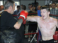 Ricky Hatton (R) and Billy Graham