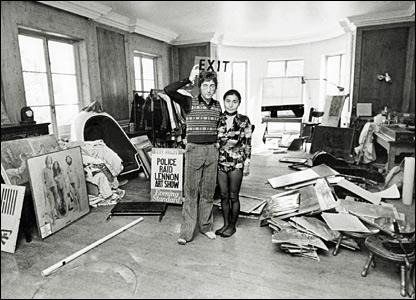 By Tom Hanley - John Lennon and Yoko Ono, Exit