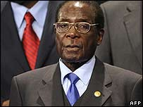 Robert Mugabe attends the EU-Africa summit, 8 December 2007
