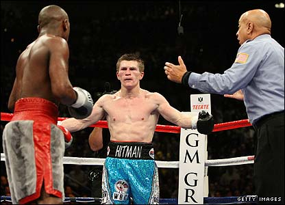 Hatton shows his frustration