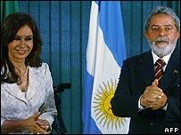 Argentine President elect Cristina Kirchner (left) and Brazilian President Luiz Inacio Lula da Silva