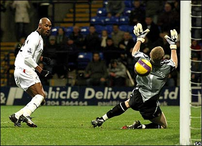 Nicolas Anelka scores a fourth goal for Bolton