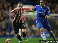 Chelsea and Sunderland battle out a Premiership match