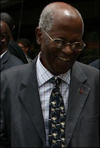 ECK chairman Samuel Kivuitu