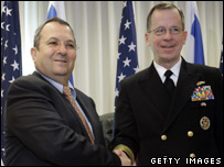 Ehud Barak (right) and Chairman of US Joint Chiefs of Staff, Admiral Mike Mullen