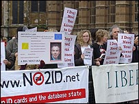 No2ID campaigners