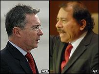 Daniel Ortega (dcha) y Álvaro Uribe