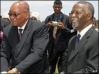 Jacob Zuma (l) with Thabo Mbeki