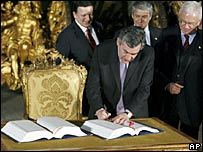 Mr Brown signed the treaty flanked by Jose Manuel Durao Barroso, Jose Socrates and Hans-Gert Pottering