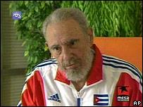 """Presidente cubano Fidel Castro en programa """"Mesa Redonda"""" en junio de 2007"""