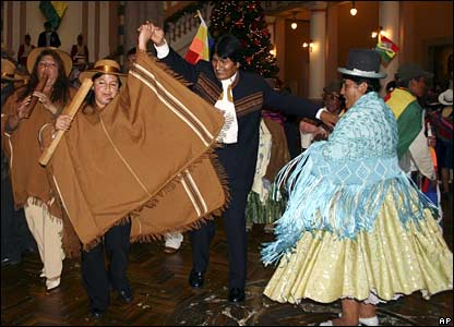 President Morales dances with supporters in La Paz