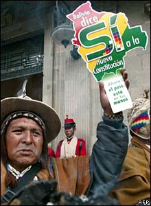 Protester supports constitutional in La Paz