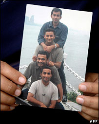 Photograph of Kiran Kumar Allam, third from top, with friends