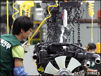 Рабочий южнокорейского завода Hyundai