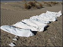 MSF image of bodybags on Yemeni beach