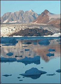 Kangerdlussuaq Glacier, East Greenland. (J A Dowdeswell)