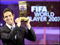 Kaka collects his prestigious award