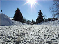 A photo by Alan Bristow of his road in Ottowa after the heaviest snowfall there on record