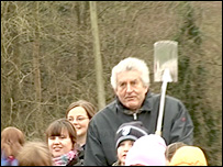 First Minister Rhodri Morgan with children at the Plant! event at Cefn Ila, near Usk, on 18 December 2007