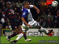 Abou Diaby and Stephen Reid