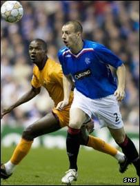 Alan Hutton in action for Rangers