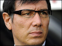 Lawrie Sanchez in the dugout