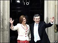 Gordon and Sarah Brown enter Downing Street