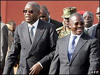 President Laurent Gbagbo (l) with Prime Minister Guillaume Soro