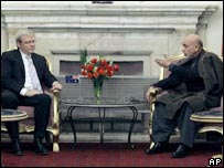 Kevin Rudd (left) and Hamid Karzai