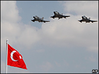 Turkish air force jets (file picture)