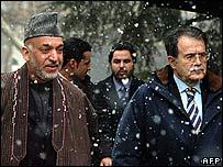 Hamid Karzai (l) with Romano Prodi