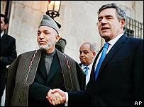 لقاء الرئيس الأفغاني ورئيس الوزراء البريطاني في كابول 10-12-2007