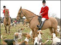 Huntsmen and dogs