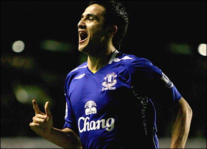 Tim Cahill scores Everton's second goal at Goodison Park