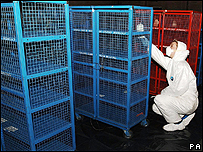 The cages from Securitas