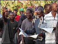 Voters in Kisumu (Picture: BBC's Noel Mwakugu)