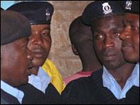 Police on duty in Kibera, 27 December 2007