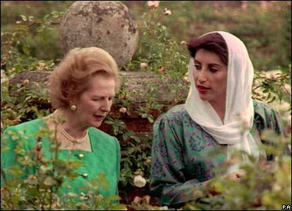 Benazir Bhutto in 1989 with Margaret Thatcher.