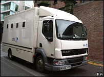 Prison van leaves Liverpool Magistrates' Court