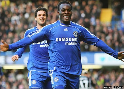 Essien celebrates his goal