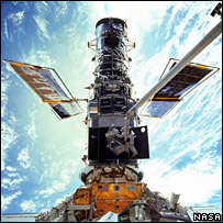 The Hubble Space Telescope during its servicing mission in 1999  Image: Nasa