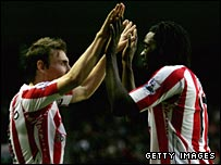Sunderland's Dean Whitehead (right) and Kenwyne Jones celebrate