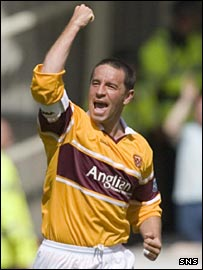 Phil O'Donnell celebrates a goal for Motherwell