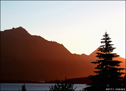 Sunset over Lake Wakatipu, Queenstown, New Zealand, December 31 2007