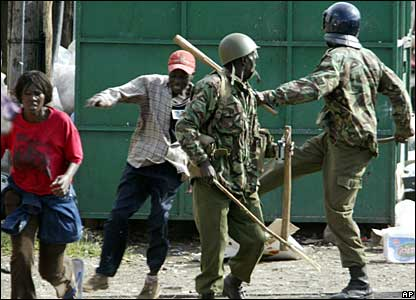 Kenyan police chase ODM supporters in Nairobi