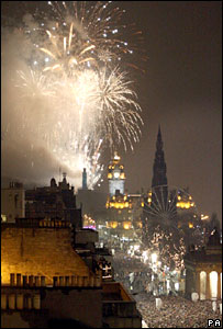 Fireworks in Edinburgh at midnight as thousands line Princes Street