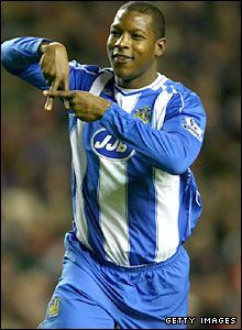 Titus Bramble celebrating scoring against liverpool