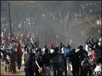 Uhuru gathering crowds